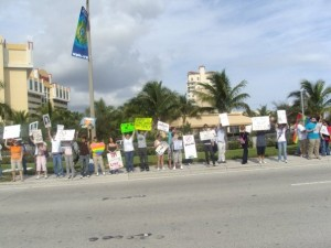 NARTH3 300x225 West Palm Beach Protest Against NARTH a Success