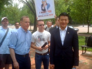 Howard Dean and Lt. Dan Choi, Don't Ask Don't Tell protest, White House, May 2, 2010