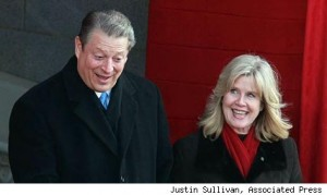 al tipper gore a 427mh0601101 300x179 Very Sad: Tipper and Al Split Up