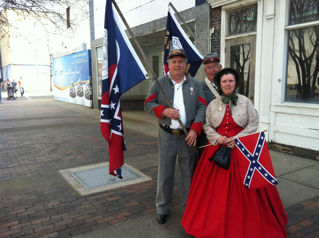 Civil War Confederate Speaker Compares Himself to Rosa Parks