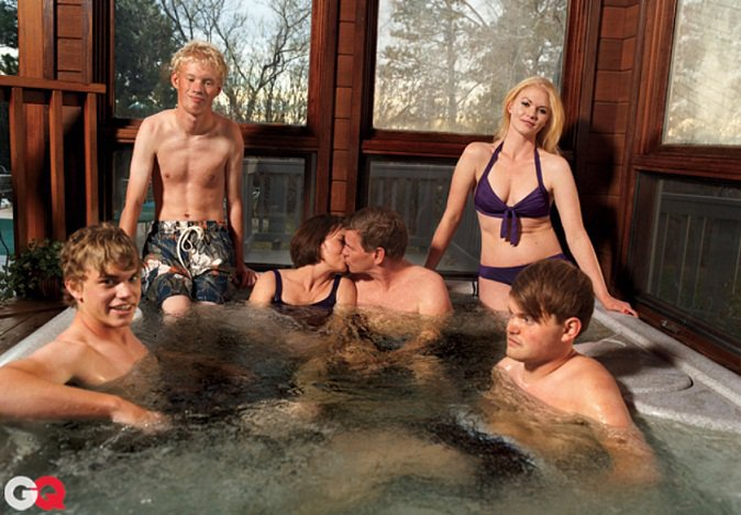 TedHaggardFamily People of Wal Mart In A Hot Tub With Their Bisexual Dad, Ted