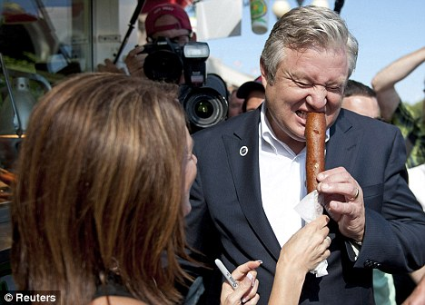 doing it wrong Marcus Bachmann Eats Corn Dog