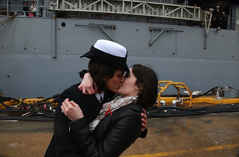 navy kiss Porno Pete Found Historic Navy Kiss Overtly Sexual For Some Reason