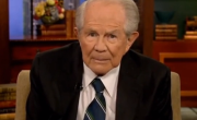 Pat Robertson Claims San Francisco Gays Give People AIDS By Cutting Them With Special Rings