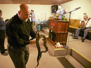 jamie coots 600 300x225 Snake handling Ky. Pastor Dies From Snake Bite