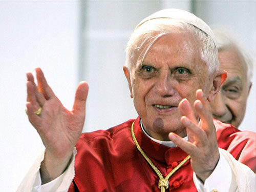 Pope Benedict2 Breaking: Pope Quit Because of Inquiry into Blackmail of Vatican Gay Officials