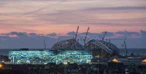 Skating palace and Olympic stadium, under construction in Sochi / Getty Images)