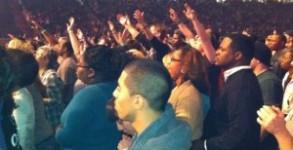 crowd2-300x231